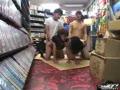 【レンタルビデオ屋】店員と客の店内ファックが防犯カメラに記録されていた!
