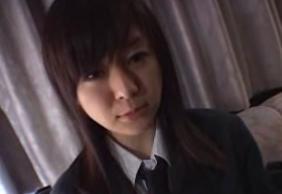 美乳で巨乳な女子高生とSEX!!おっぱいがぷるんぷるん揺れてます!!